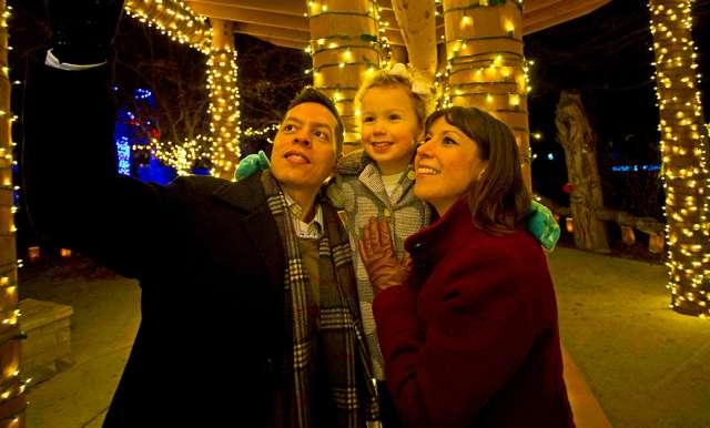 Christmas Lights In Wichita Ks.Holidays In Wichita Ks Christmas Lights Carriage Rides