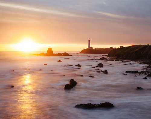 Sunset-at-Pigeon-Point-Lighthouse