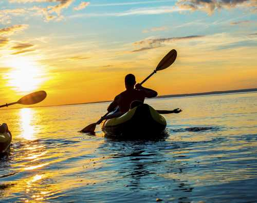 Kayaking_Sunset_HalfMoonBay_SanMateoCounty_SiliconValley