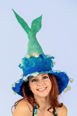 Sonja Oswalt mermaid hat