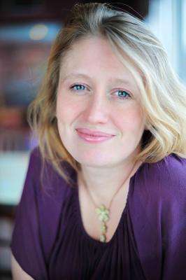 Author Alice Kuipers