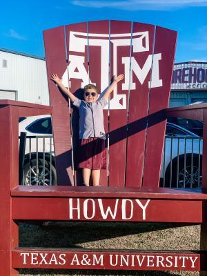 Howdy Chair