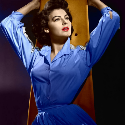 Ava Gardner photo with a blue dress.