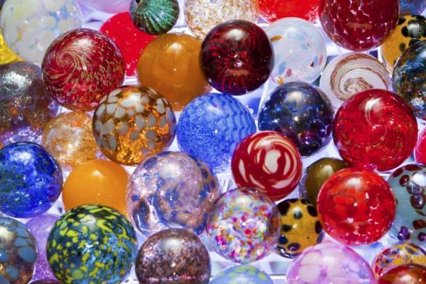 ornaments cmog