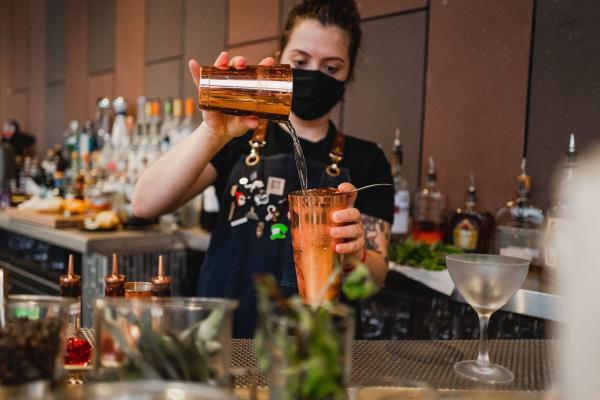 VASO Bartender Masked
