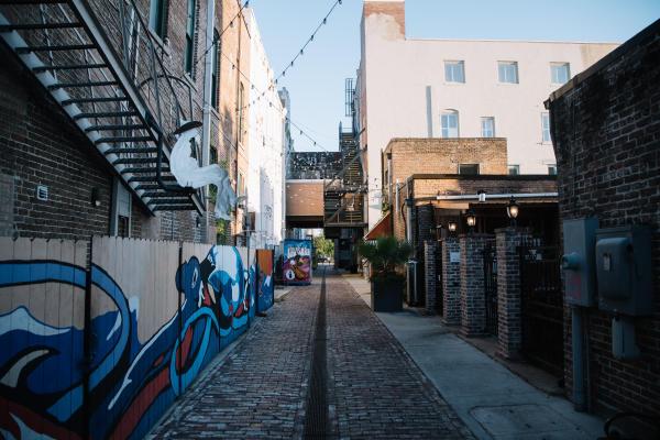 Gulfport Public Art: Fishbone Alley