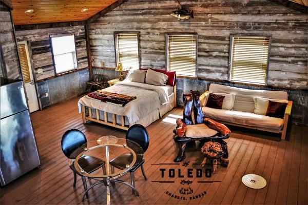 Lil' Toledo Lodge