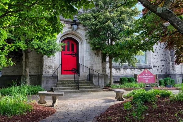 Entrance and tree covered courtyard at St. John's Episcopal Cathedral in Knoxville, TN