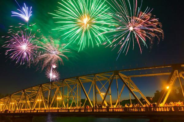 Top 10 July 4th Events | Eugene, Cascades & Oregon Coast