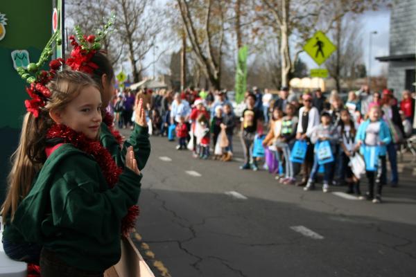 Springfield Christmas Parade 2019 Springfield Christmas Parade | Eugene, Cascades & Oregon Coast