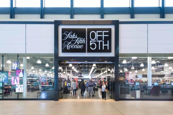 Saks Fifth Avenue: Off 5th at the Outlet Collection Winnipeg