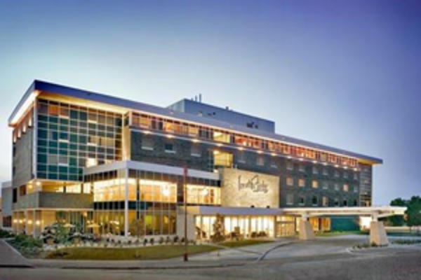 Hotels and Motels - Inn at The Forks