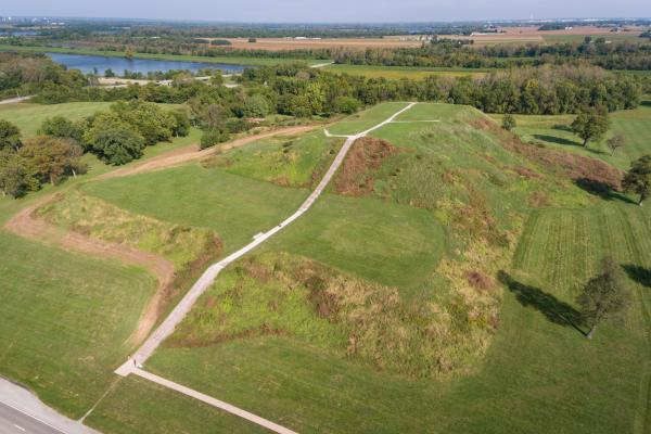 Cahokia Mounds Monk's Mound