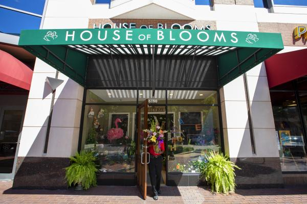 Front entrance of House of Blooms located at Sugar Land Town Square.