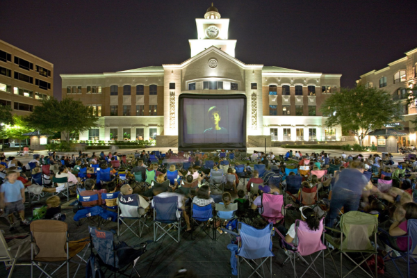 Movie Under the Moon crowd at Sugar Land Town Square