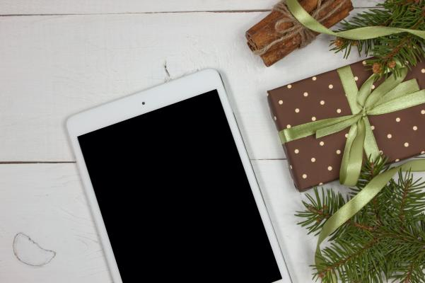 Digital holiday activities in Cayuga County