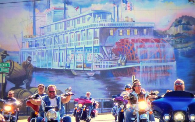 Steamboat mural, Alton, bikers