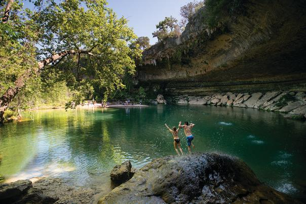 Hamilton Pool. Photo Credit Dave Mead. Courtesy of Austin Convention & Visitors Bureau. May 2016_72dpi