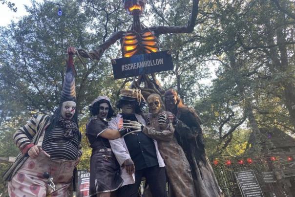 Scream Hollow Insta 2021