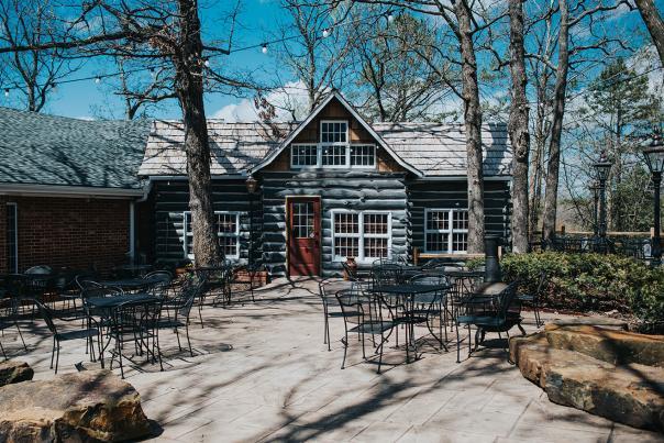 Fred's Hickory Inn Outside