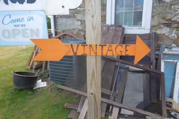 Fab Finds vintage sign