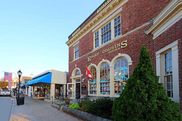 Eight Cousins Bookshop Falmouth