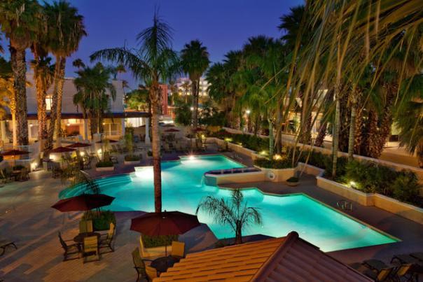 Crowne Plaza San Marcos Resort Pool