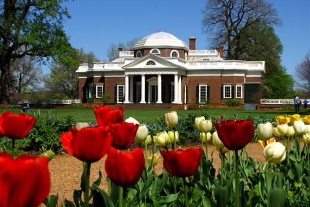 Monticello in spring with flowers
