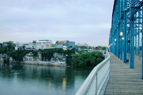 Walnut Street Bridge and Hunter Museum and Bluff View Art District
