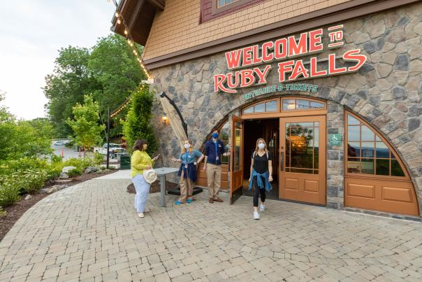 Ruby Falls_Guests with Masks