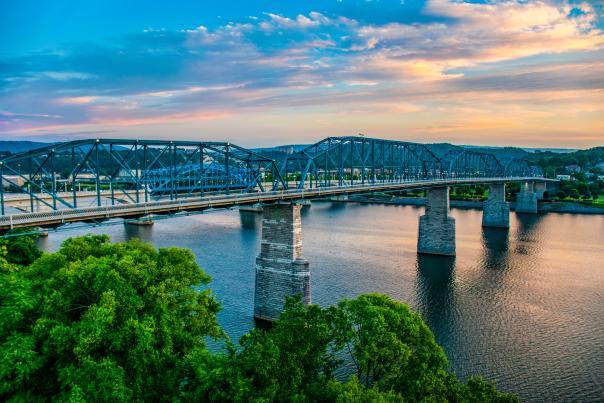 Walnut Street Bridge_Sunset
