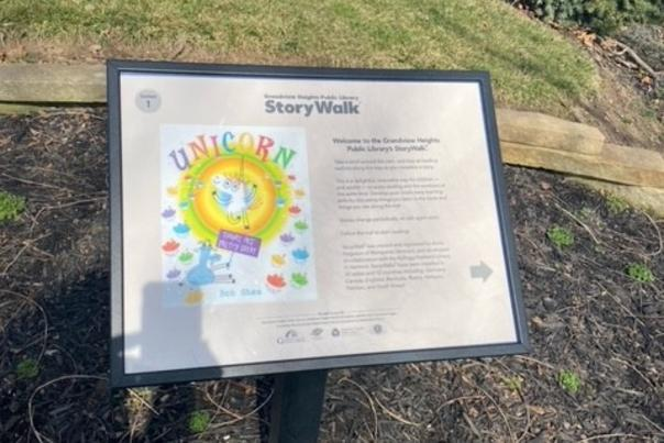 Plaque that begins the Grandview Heights StoryWalk