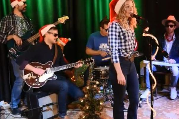Lindsay Jordan and band performing for Clemens & Co's annual Advent Calendar concert series