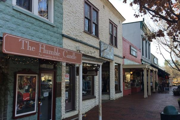Last Minute Holiday Gift Ideas: Shop Local in Dahlonega!