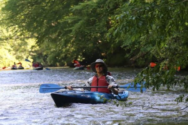 The Kayak Guru Likes Big Boats... and He Cannot Lie!