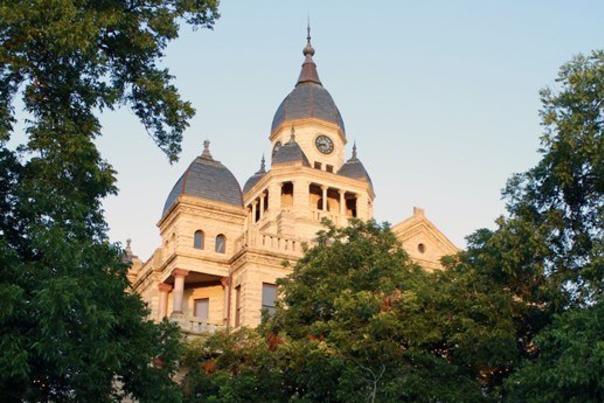 sunlit courthouse web
