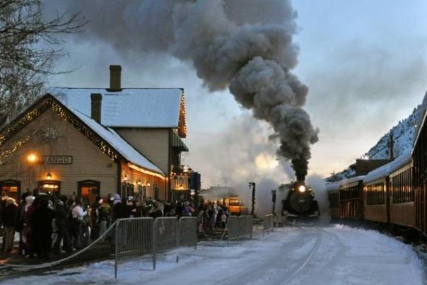 Guide to Living the Magic of Durango's Holiday Season