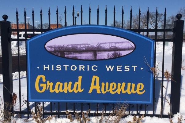 Grand Ave Neighborhood District