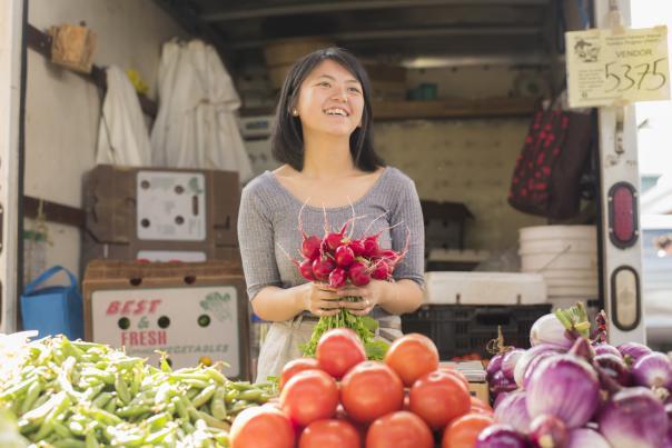 Farmers Market vendor in downtown Eau Claire