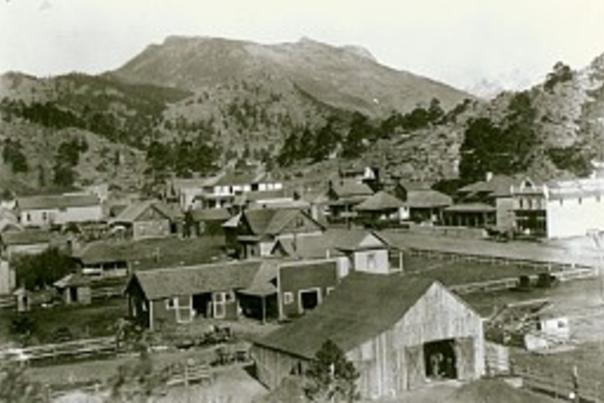 Historic Downtown Estes Park - small