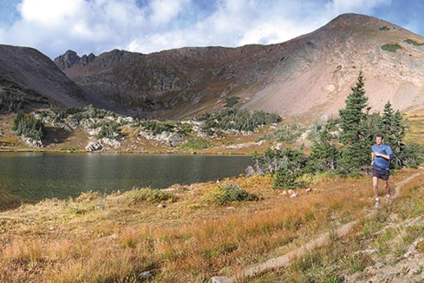 TTD_Trail-Runner_Lake_Credit-Active-at-Altitude