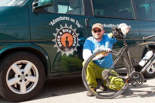 Bob-van-beer-and-bike