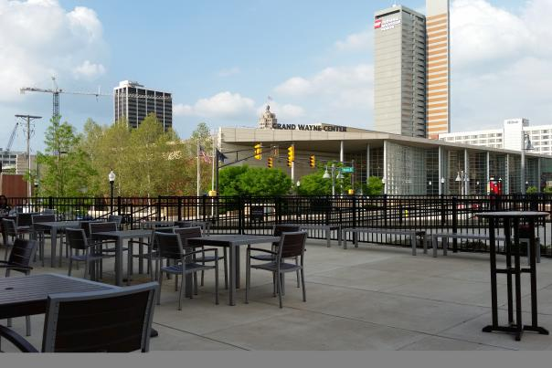 Wine Down Outdoor Dining - Fort Wayne, IN