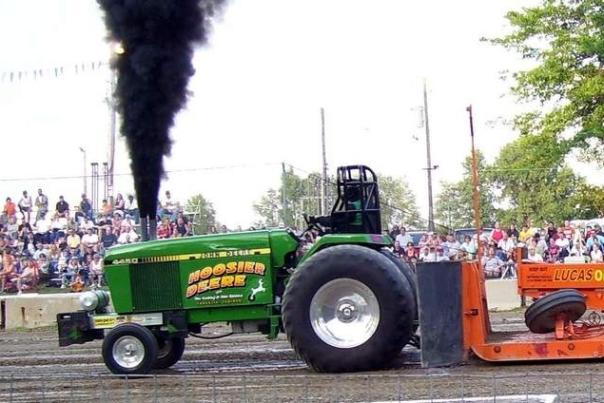 Arcola Tractor Pull