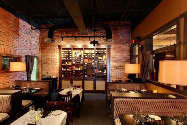 BakerStreet Interior - Dining in Fort Wayne, Indiana