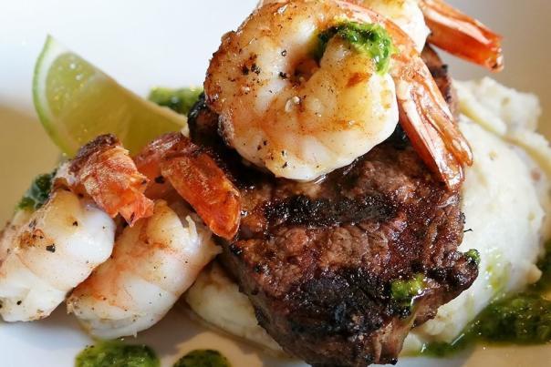 Club Soda filet mignon-Fort Wayne steakhouse