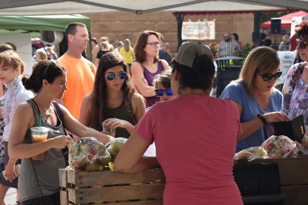 Barr Street Farmers Market - Fort Wayne, IN