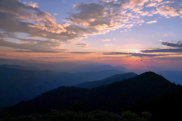 Cliff-tops-sunset