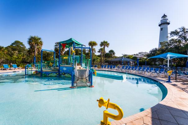 This public pool on St. Simons Island offers oceanfront views and is adjacent to the lighthouse