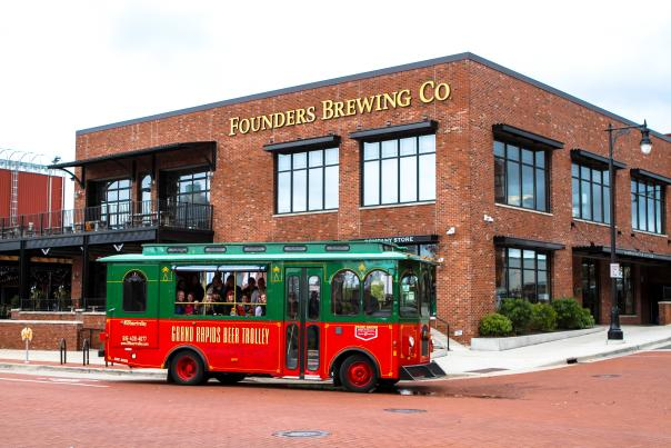 A beer tour allows you to visit several breweries. Many have pre-selected itineraries that makes planning easy.